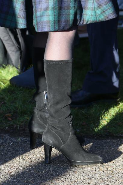 La duquesa llevó botas altas. Mira aquí los videos más chismosos.