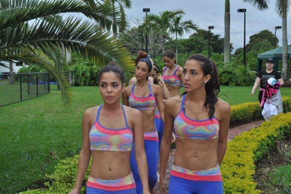 Las chicas tuvieron que demostrarle a Claudia Molina su buena condici&oa...