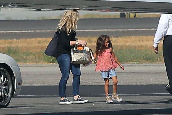 La prueba es la pequeña Emme, quien es igualita a su mami, tambi&...