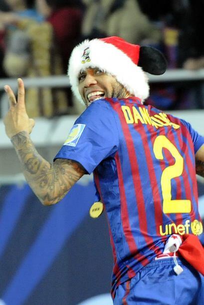 Dani Alves sufrió una lesión y ahora es duda. Supera los 23 años por lo...