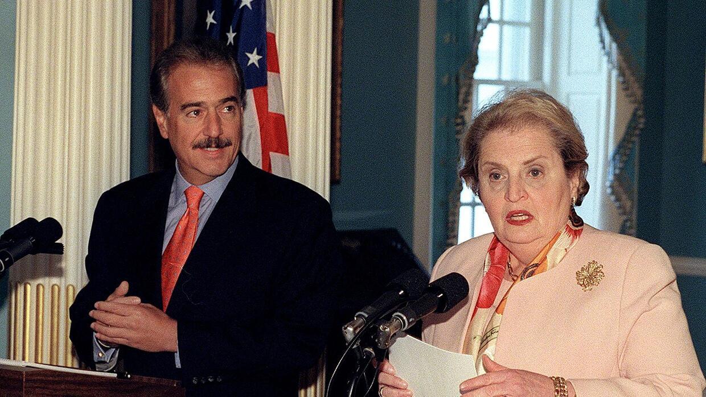 El presidente Pastrana y la secretaria de Estado Madeleine Albright, reu...