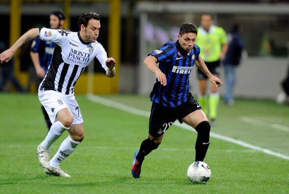 En otro partido de suma importancia en la jornada, el Inter de Mil&aacut...