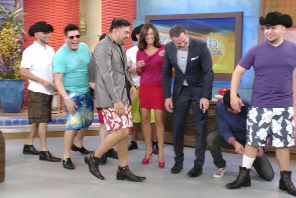 Los integrantes de Montés impusieron moda de bermudas, con botas...