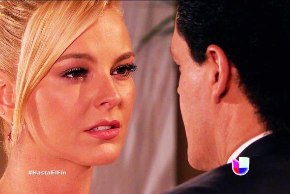 Cada vez que Sofía está triste, Salvador corre a su lado p...