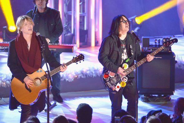 Quienes también disfrutaron en el escenario fueron los integrante...