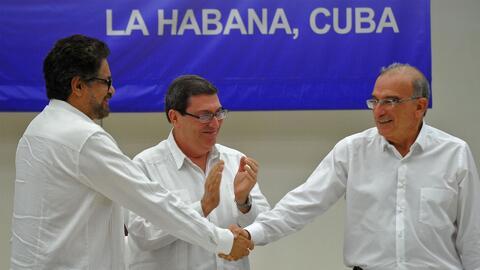 Juan Manuel Santos da orden de cese al fuego definitivo con las FARC