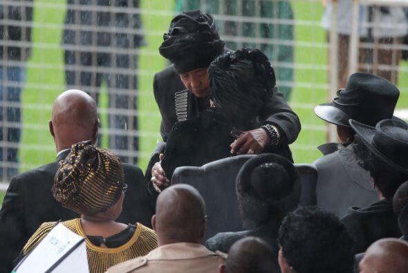Uno de los momentos más emotivos fue cuando la exesposa de Madiba, Winni...