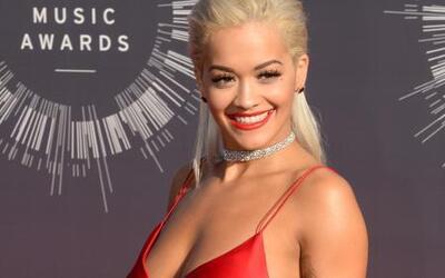 ¡Rita Ora quiso besar a Iggy Azalea!