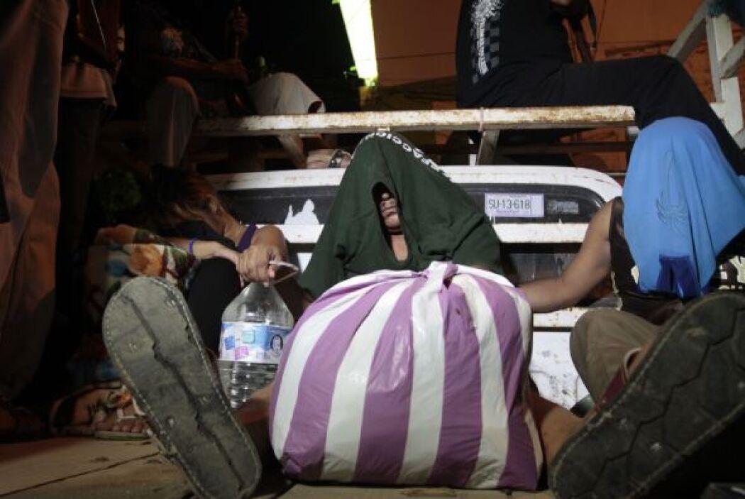 Hartos del creciente número de secuestros, robos y extorsiones, y de la...