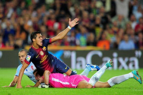 El árbitro tuvo buen ojo y no le regaló el gol al Barcelona.