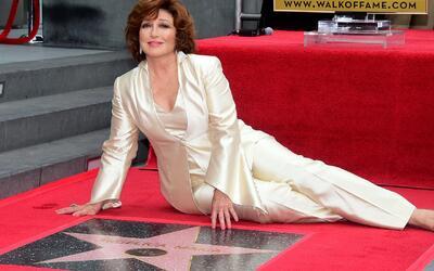 Angélica María recibió su estrella en el Paseo de la Fama de Hollywood
