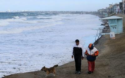Baja California ante el paso de Sandra.