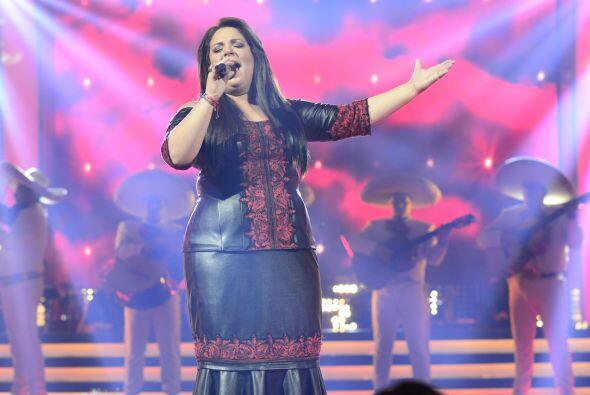 "Yazaira nos cantó de un ""Cielo rojo"" con todo y mariachi."