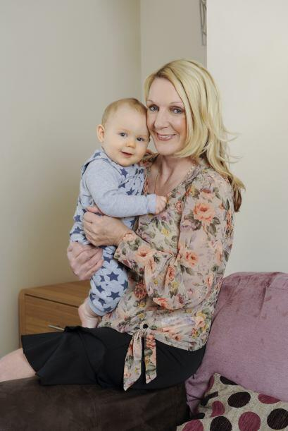 ¿Por qué las mujeres maduras tienen bebés? Puede ser por los puestos lab...