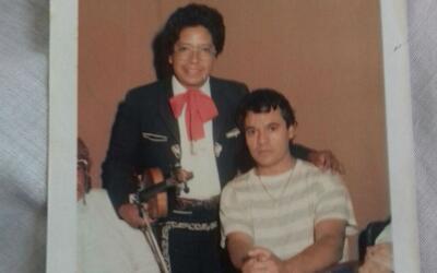 El mariachi Eduardo Gómez, cuando trabajaba hace 35 años c...