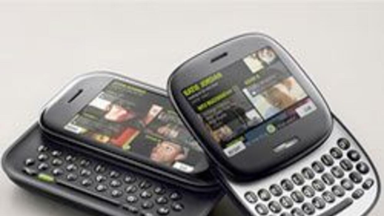 Microsot presentó dos nuevos teléfonos, Kin 1 y Kin 2, para jóvenes. c25...