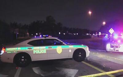 Cinco jóvenes fueron atacadas con arma de fuego en el estacionamiento Go...