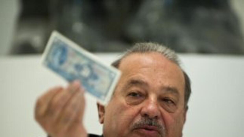 Slim podría pagar con sus ingresos de un año, salarios anuales de 440 mi...