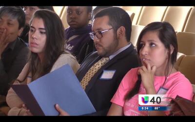 Estudiantes indocumentados pagarán menos por la universidad