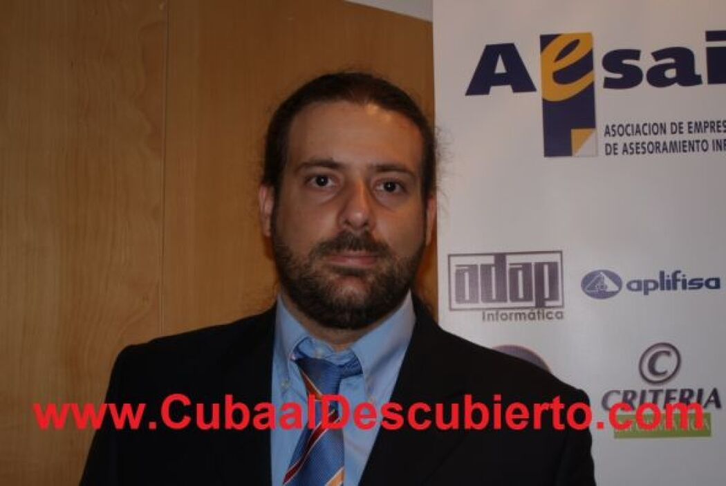 (Becado 1) Guido Jorge Castro Odio, hijo de Jorge Ángel Castro López y M...