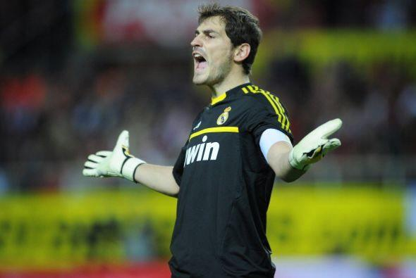 Iker Casillas tuvo un buen partido pero no pudo hacer nada en los goles.