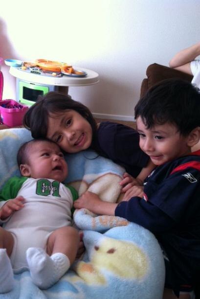 Y también nos compartió esta tierna imagen de sus amores....