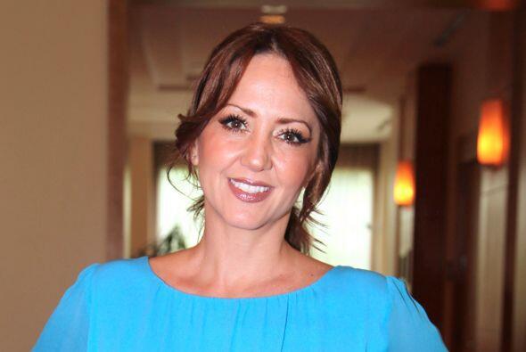 """Andrea Legarreta: """"Ayudemos a nuestros hermanos víctimas de..."""