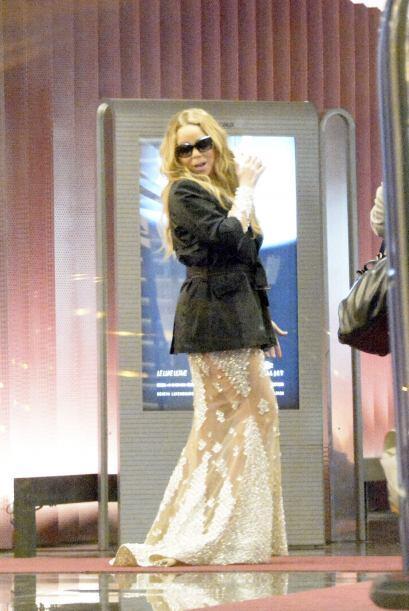 Así se viste Mariah para tomar un avión, ¿qu&eacute...