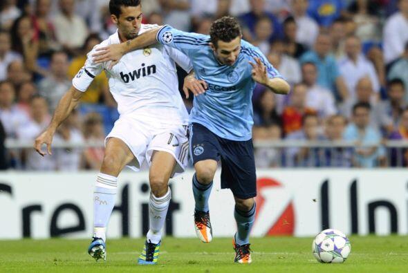 Por su parte el Real Madrid enfrentó al poderoso Ajax de holanda...