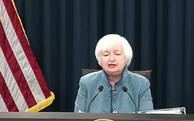 Analistas señalan que aumento de tasas de interés perjudica la economía...