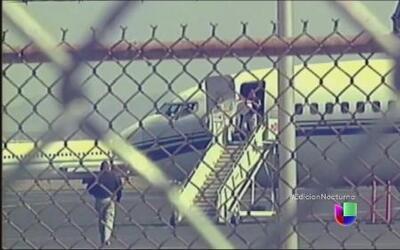 Niños inmigrantes centroamericanos son trasladados a El Paso