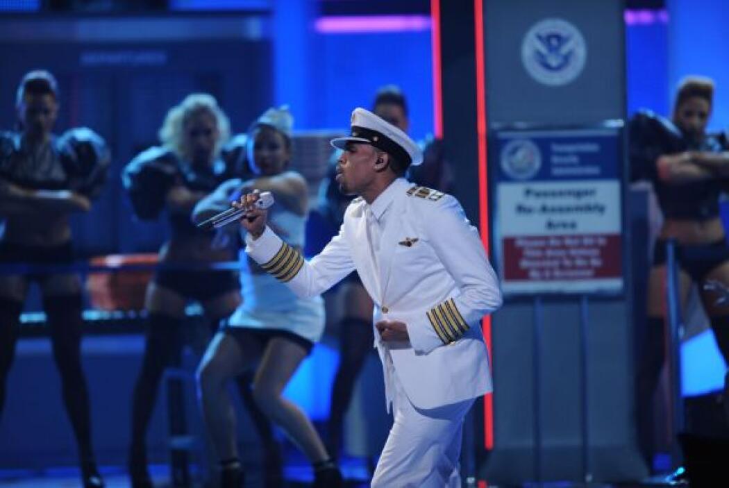 El 'International Love' se sintió en el American Airlines Arena.
