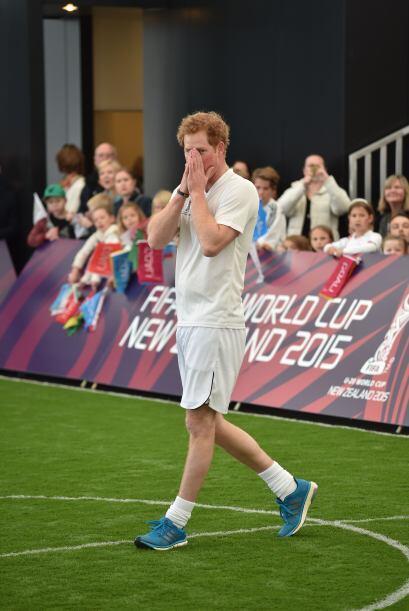Harry, todo un astro del fútbol. ¡Cuidado, Messi!