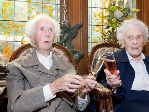 Dos hermanas belgas son desde el sábado las únicas gemelas centenarias e...