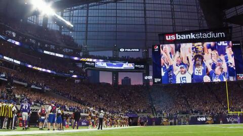 Rituales 'vikingos' en la presentación del nuevo estadio de Minnesota