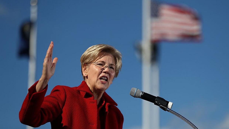 """Elizabeth Warren a Donald Trump: """"Las mujeres 'asquerosas' votan"""""""