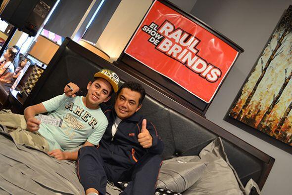 Disfrutamos la compañía de chicos y grandes.   Escucha El Show de Raúl B...