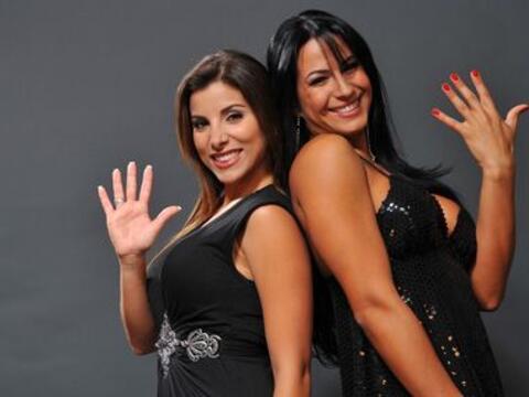 Natalia y Alba siguen celebrando los 10 años de República...