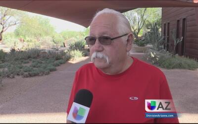 Activistas se preparan para exigirle a la Policía de Phoenix que no cola...