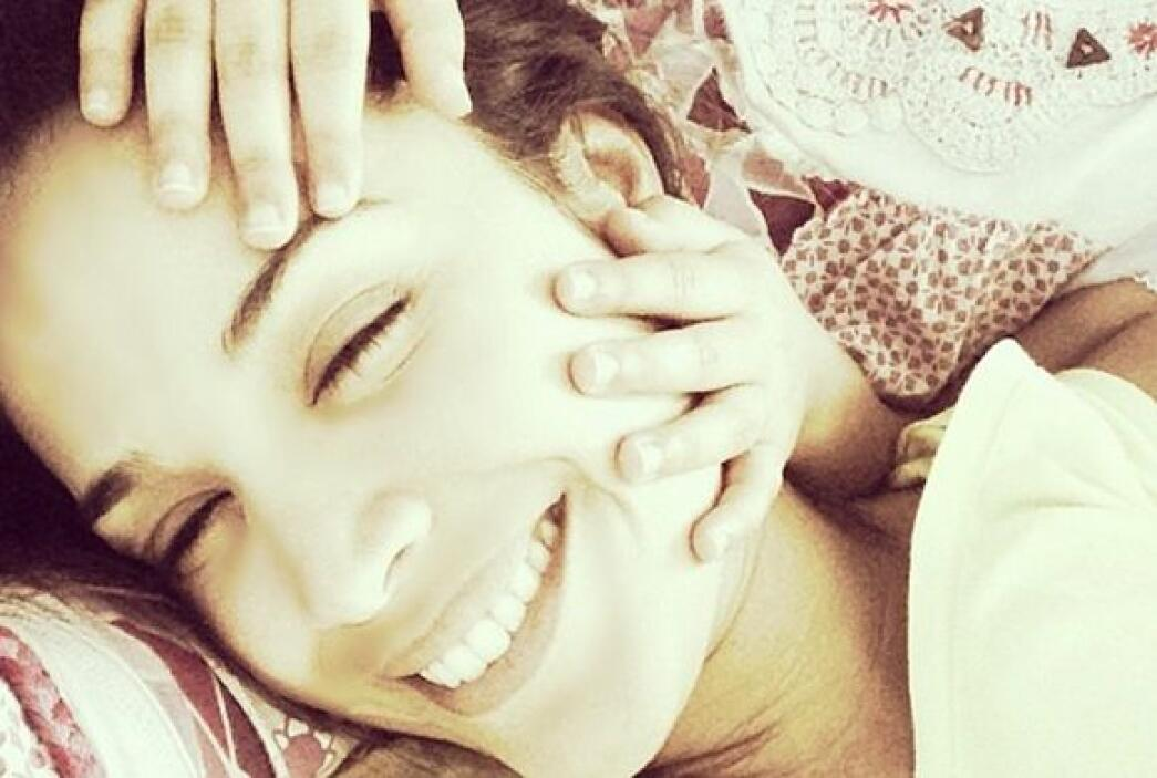 """""""Los mejores masajitos los dan estas manitas... #bendecida #misamores"""",..."""
