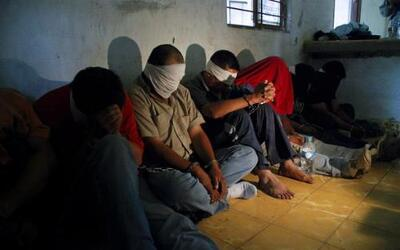 Durante 2010 en México se registraron 16,425 secuestros, lo que equivale...