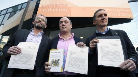 Pablo Girault, Armando Santacruz y Juan Francisco Torres Landa.