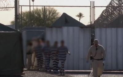Reos dejan la polémica cárcel 'Tent City'