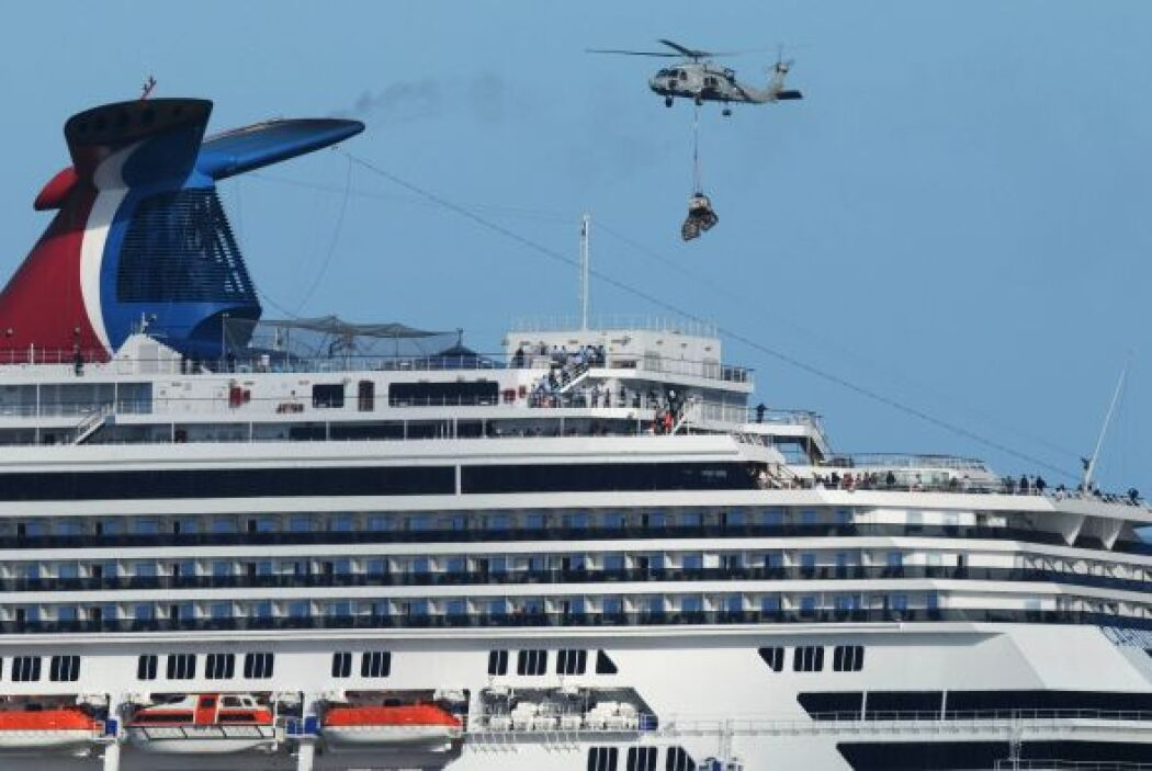 La travesía del crucero vacacional averiado llegaba el jueves a su final...