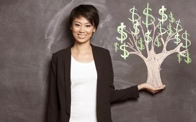 Descubre cómo llegar a ser una mujer rica con la billetera siempre llena