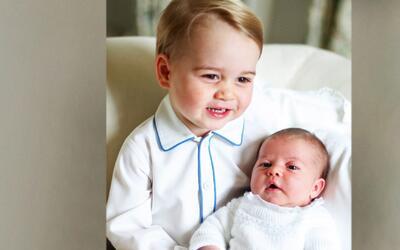 El príncipe George, el hermano mayor más tierno