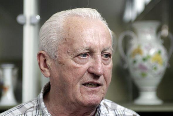 Florian Albert  Partido: Ferencvaros-Keflavik 9-1     Ronda: Previa 1965-66