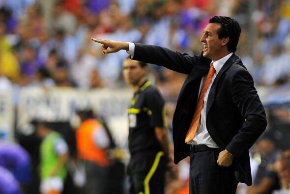 Unai Emery, DT de Valencia acomodó sus piezas para sacar la victoria.