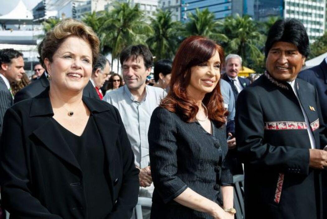 A la misa de Copacabana asistieron las presidentas de Brasil y Argentina...