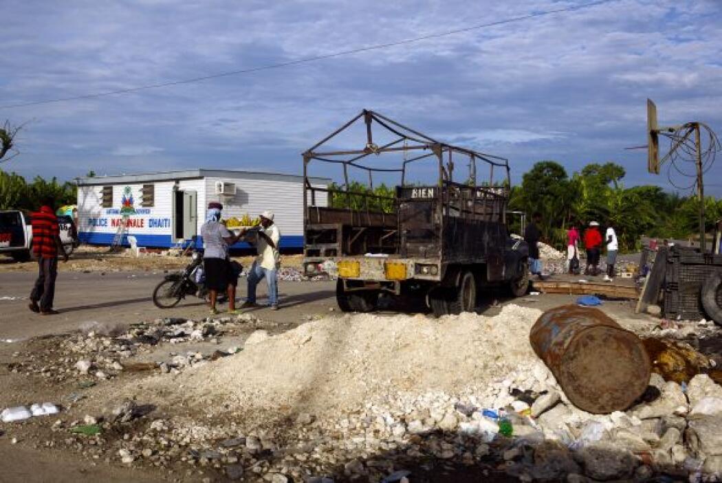 Haití que fue azotado por un terremoto en enero aún tiene gran parte de...